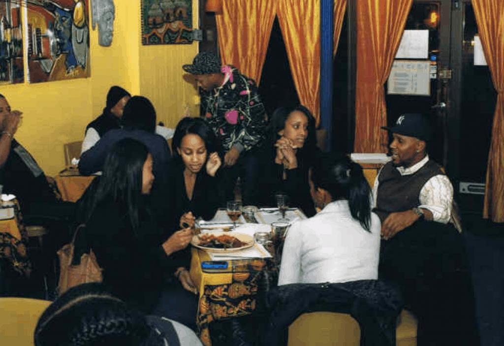 people-enjoying-dinner-at-joloff-restaurant